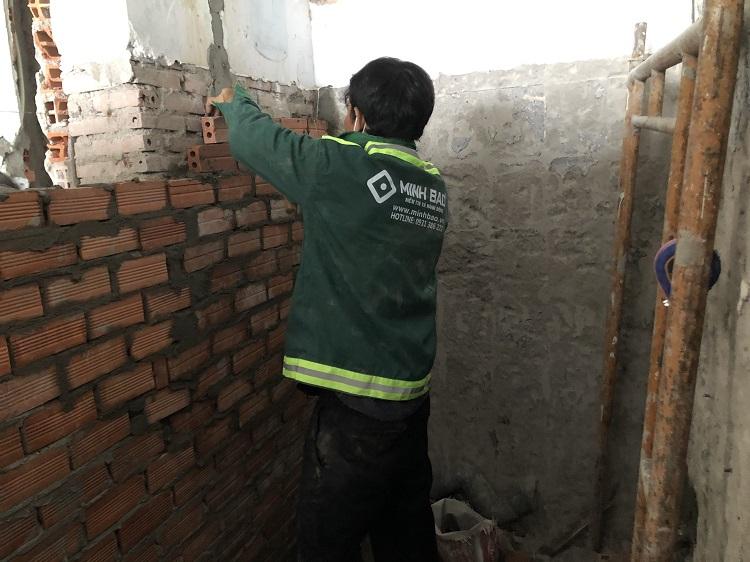 Sửa nhà của công nhân Minh Bảo