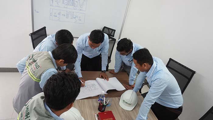 Tập thể công ty Xây Dựng Minh Bảo